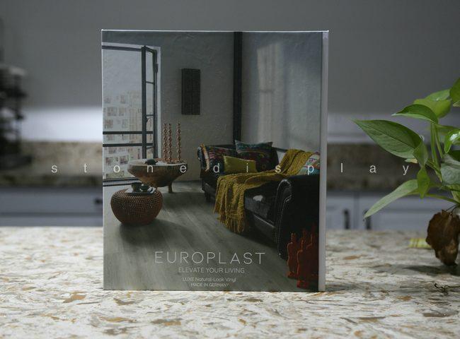 Tri-fold quartz sample display book2