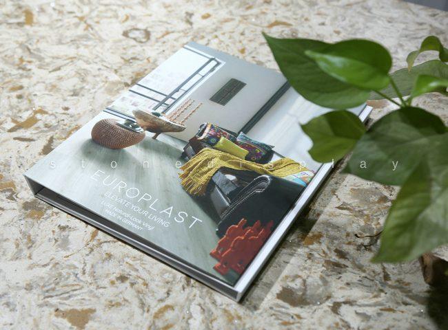 Tri-fold quartz sample display book3